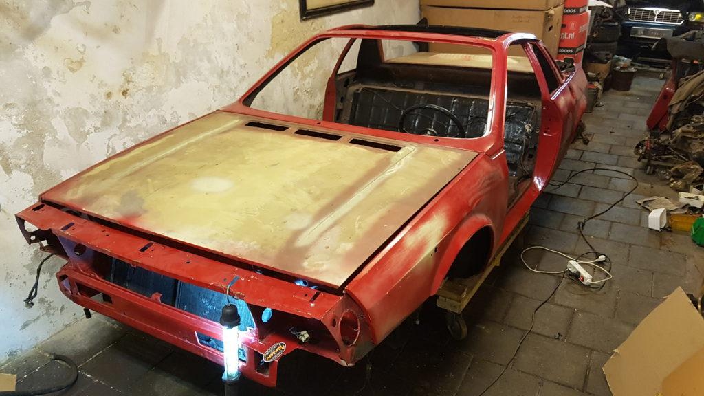 Lancia Montecarlo bagageklep gemonteerd