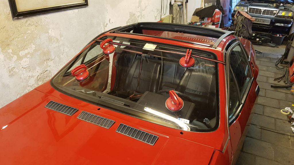 Lancia Montecarlo Voorruit gemonteerd