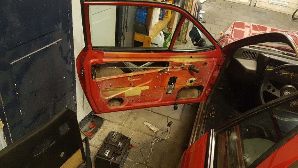 Lancia Montecarlo elektrische ramen project