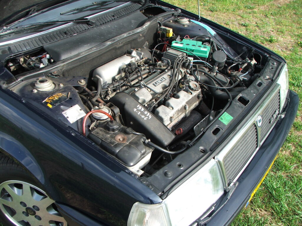 Lancia Thema i.e. Turbo
